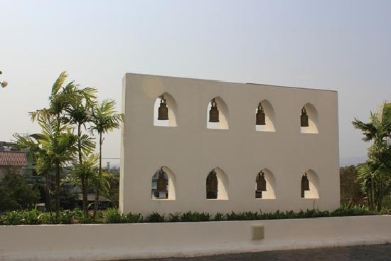 Novotel Hua Hin Cha Am Beach Resort and Spa : 门口