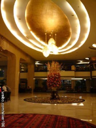 Hotel De Royce: C:\fakepath\6c0f8f3ajw1dgb9uoscryj