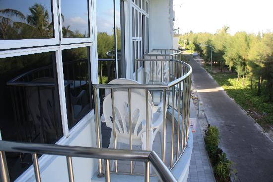Fuana Inn: 各个房间独立的小阳台