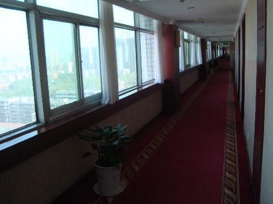 Botel Hotel: 走廊
