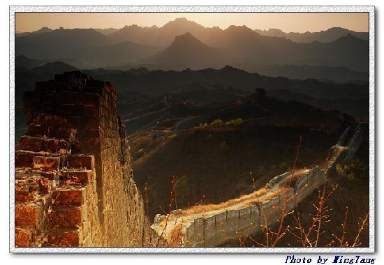 Great Wall Box House (Beijing) : 原始未雕琢的古北口长城