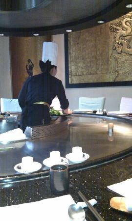 Grand Noble Hotel: 在酒店里的日本料理吃饭,随手拍的,嘿嘿!没怎么拍好!