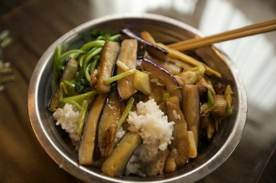 Longshen Shenlongtang Hotel: 他们帮我做的早饭,很不错