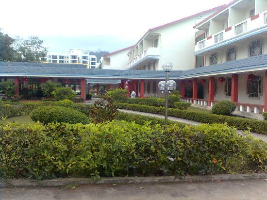 Xinglomg Hot Spring Bihai Hotel: 外景图