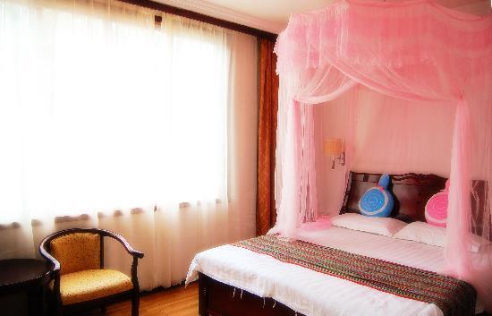 Lianbi Family Inn: 大床房