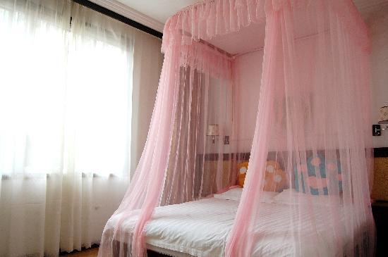Lianbi Family Inn: 大床房1