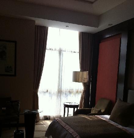 Royal Tulip Zhujiajiao Shanghai: 酒店房间