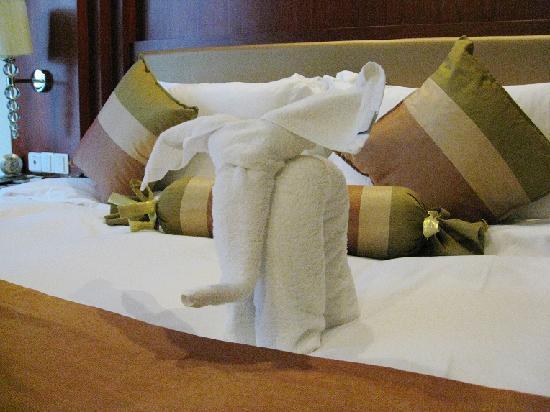 Hainan Airlines Mingguang Hotel: 床饰