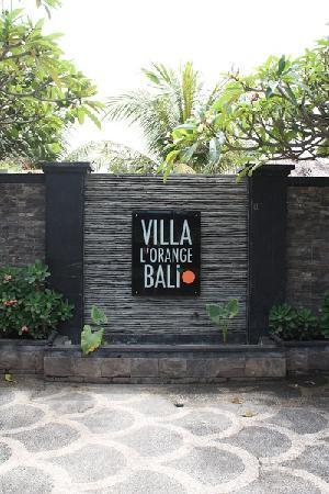 Villa Orange Bali: 酒店的标志