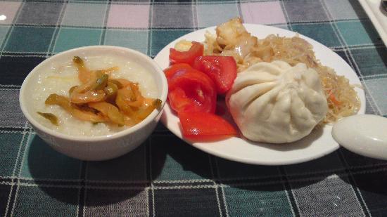 Mei Yi Hotel: 供应的早餐 可自选