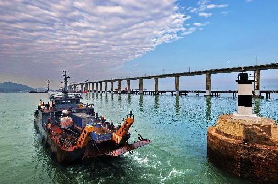 Fujian, Chiny: 福建福州平潭大桥