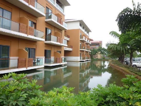 Huquan Hotel