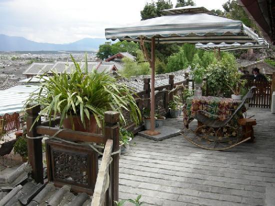 Yuegulou Hostel Lijiang Quyuan: 私人观景台