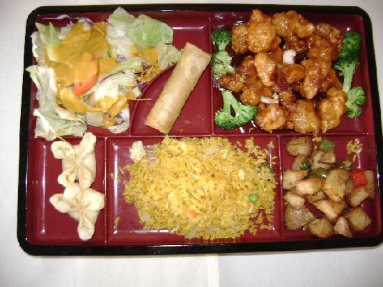 China's Cuisine Sushi: Dine in box