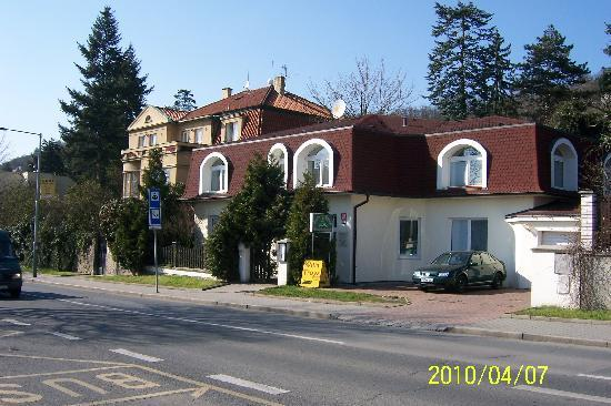 Villa Troya: 酒店外观