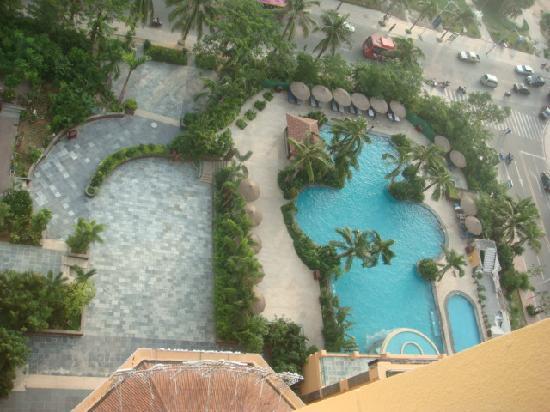 St.Ives Seaview International Hotel: 游泳池