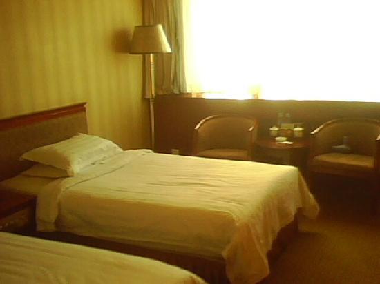 Xingfucheng Hotel: 房间内