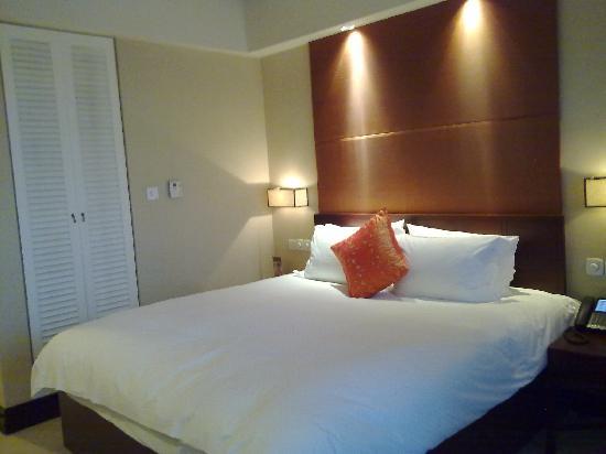 Genway International Hotel : 舒适的床