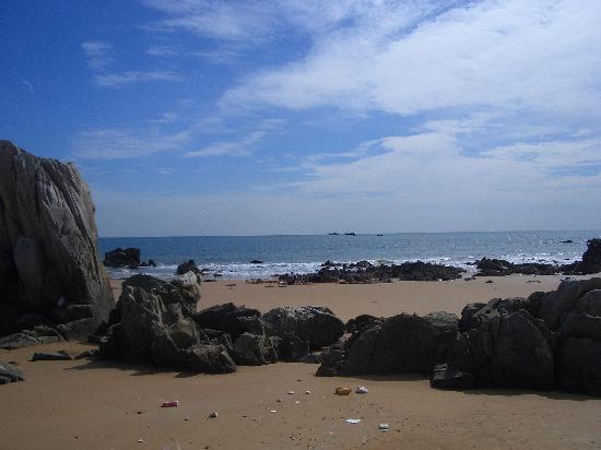 Golden beach (Huang Dao)