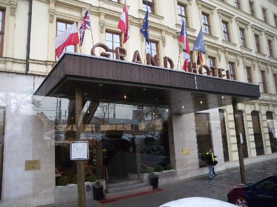 Grandhotel Brno: 酒店正门