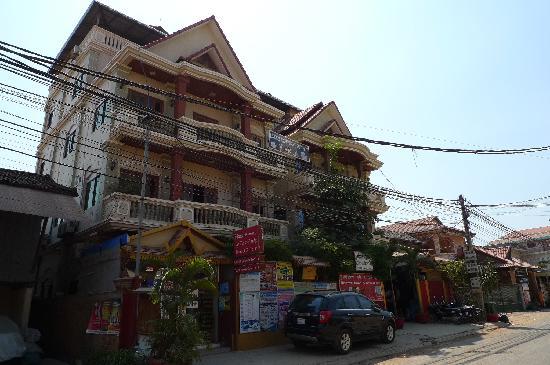 Mingalar Inn: 旅馆外观