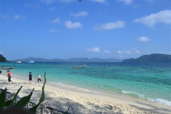 Pura Pusering Jagat: 美丽的珊瑚岛