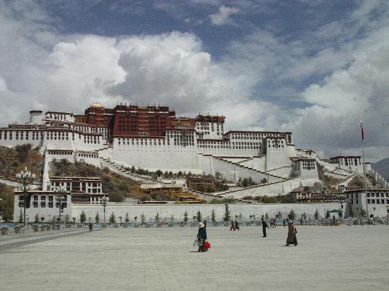 Lhasa, الصين: 美丽的布达拉宫
