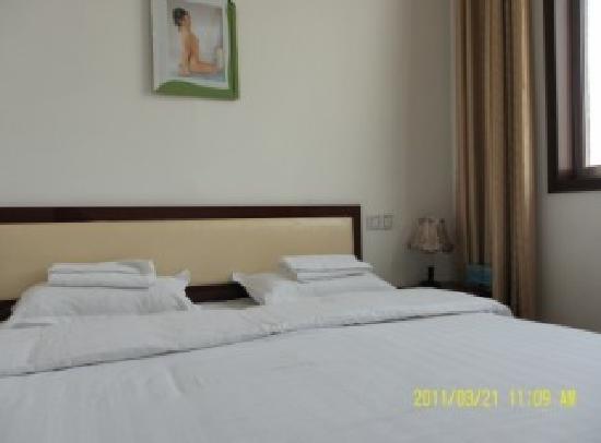 Jiumu Hotel : 大床房