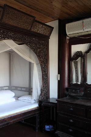Shendetang Hostel : 房间细节 02