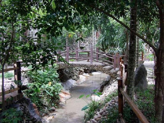 Foto de Areca Valley Tourist Resort of Hainan Ganza Ridge Primitive Culture
