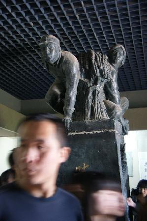 Ranzhuang Tunnel Warfare Site: 博物馆-民兵是胜利之本
