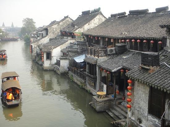 Shantou, Kina: 算是小桥流水人家了