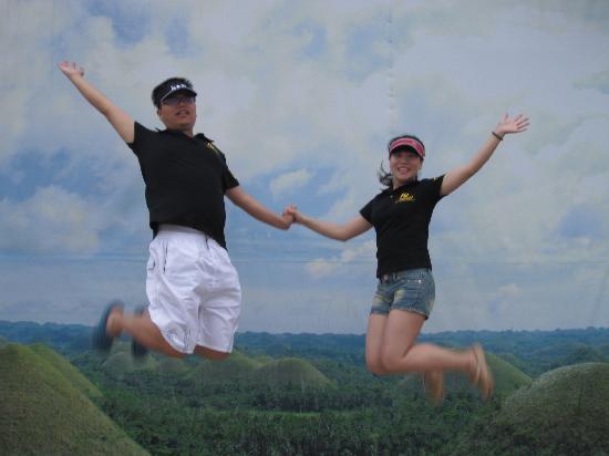 الفلبين: 飞翔在巧克力山上