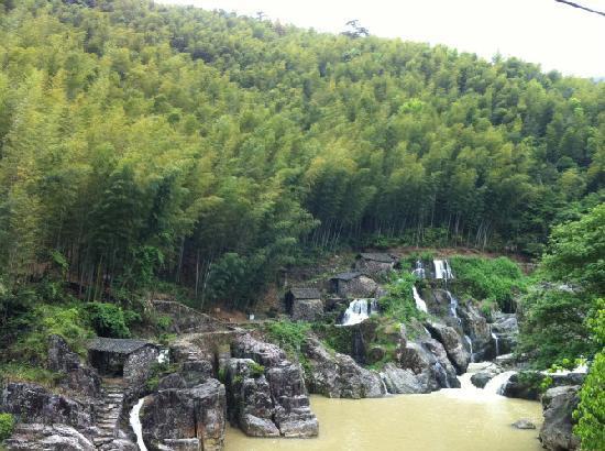 Wenzhou Zeyajingkeng Canyon