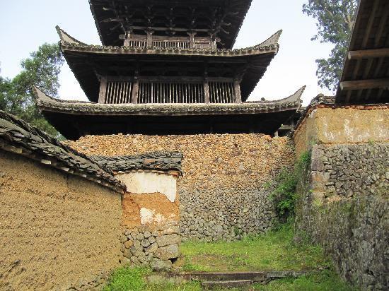 Jingning County, China: 古老的时思寺
