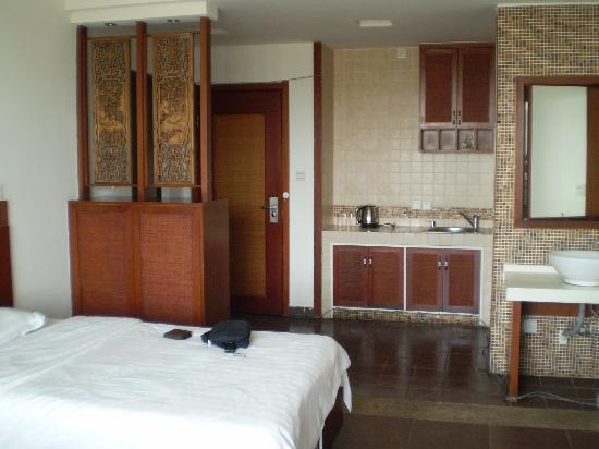 Phoenix Rujia Sea View Holiday Apartment Sanya Dadonghai: 房间