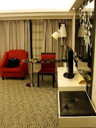 Perthden hotel: Front