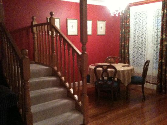 ألدرمير إيستايت: 餐厅, 楼梯