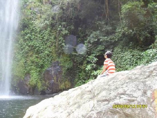 Jiulong Waterfalls of Guangxi: 最好看的瀑布