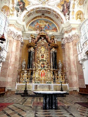ออสเตรีย: 奥地利因斯布鲁克大教堂