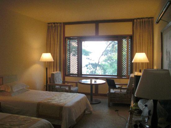 Fragrant Hill Hotel: CIMG4540