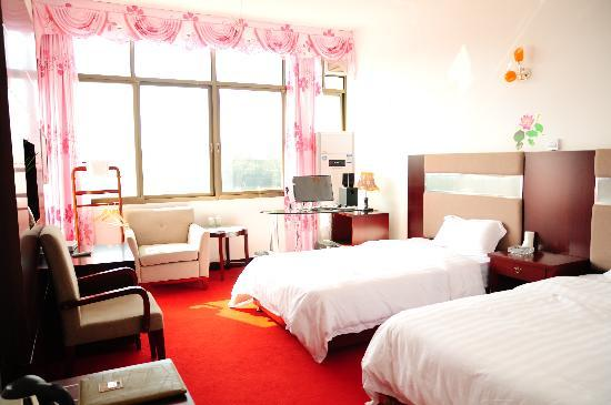 Huitang Hot Spring: 长沙灰汤温泉大北农农家乐宾馆客房