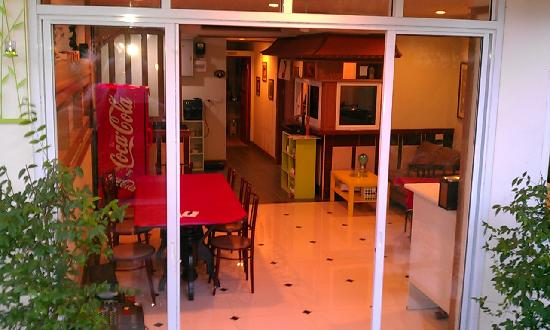 Chaweng Tara Resort: 楼下餐厅