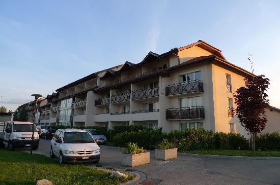Adonis Excellior Grand Geneve: 酒店外观3
