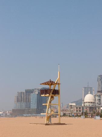 ‪Qingdao Shilaoren Bathing Beach‬