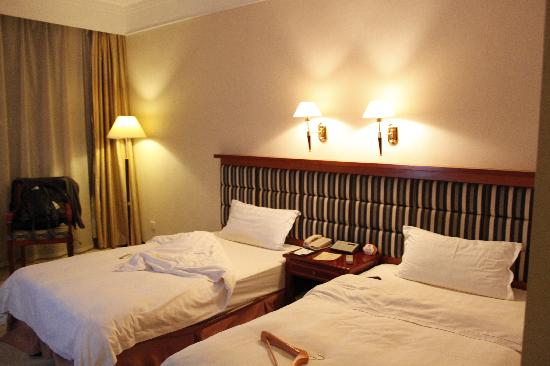 Grand Waterfall Hotel
