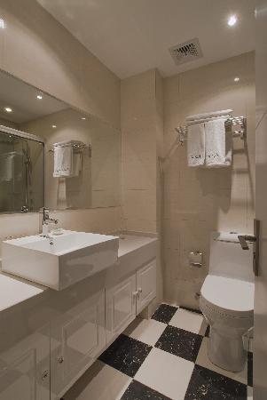 Yazhi Business Hotel: getlstd_property_photo