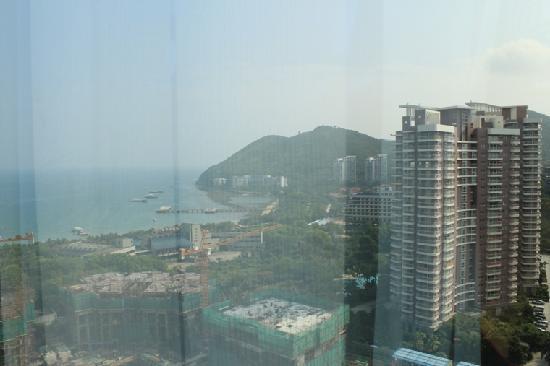 โรงแรมเป่าหง: 酒店房间窗外海景效果