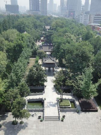 Qingfeng Pavilion