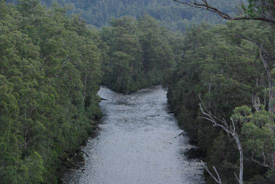 Tasmanien, Australien: merge of two rivers